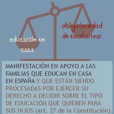 Manifestación en apoyo a las familias procesadas por educar en casa